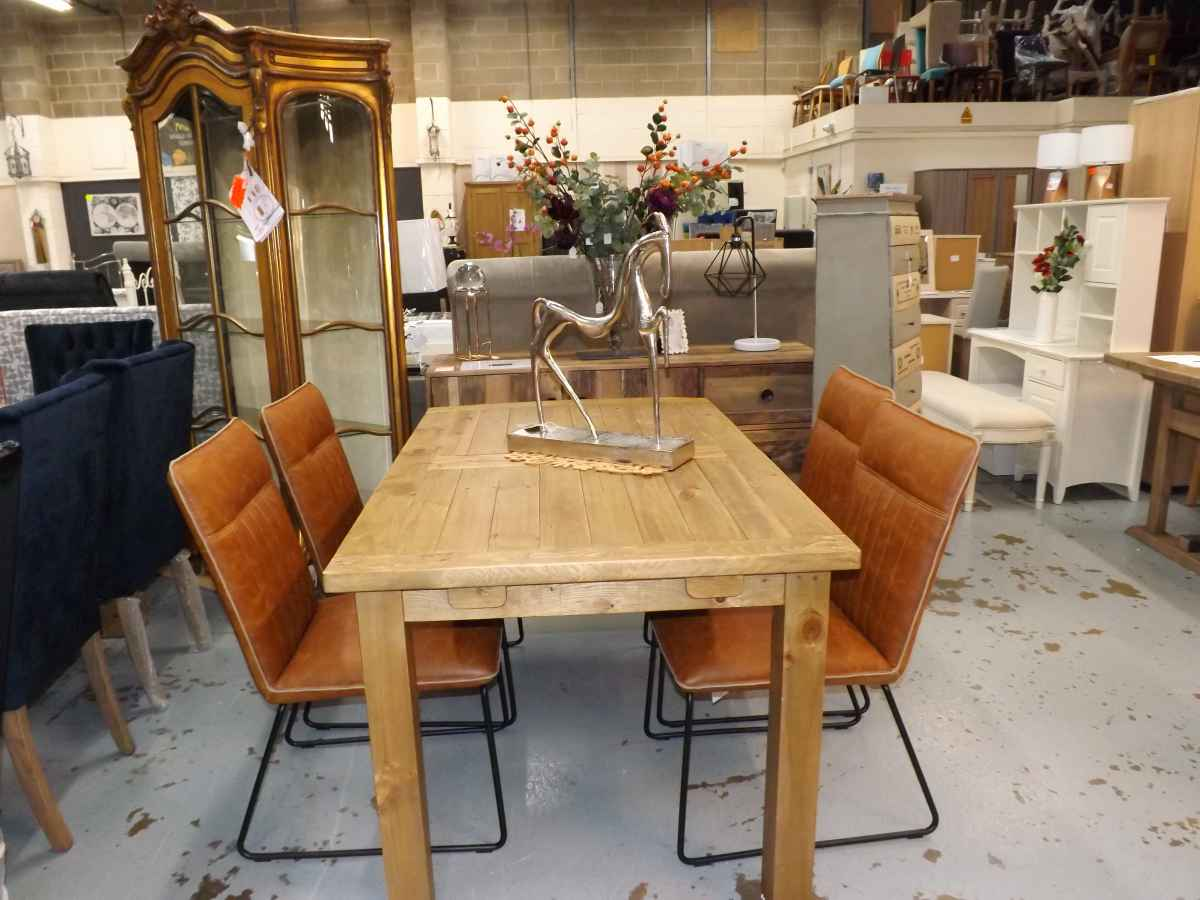 Designer Reclaimed Rough Sawn Extending Dining Table With 4x Tan Leather Chairs House Goods 4u