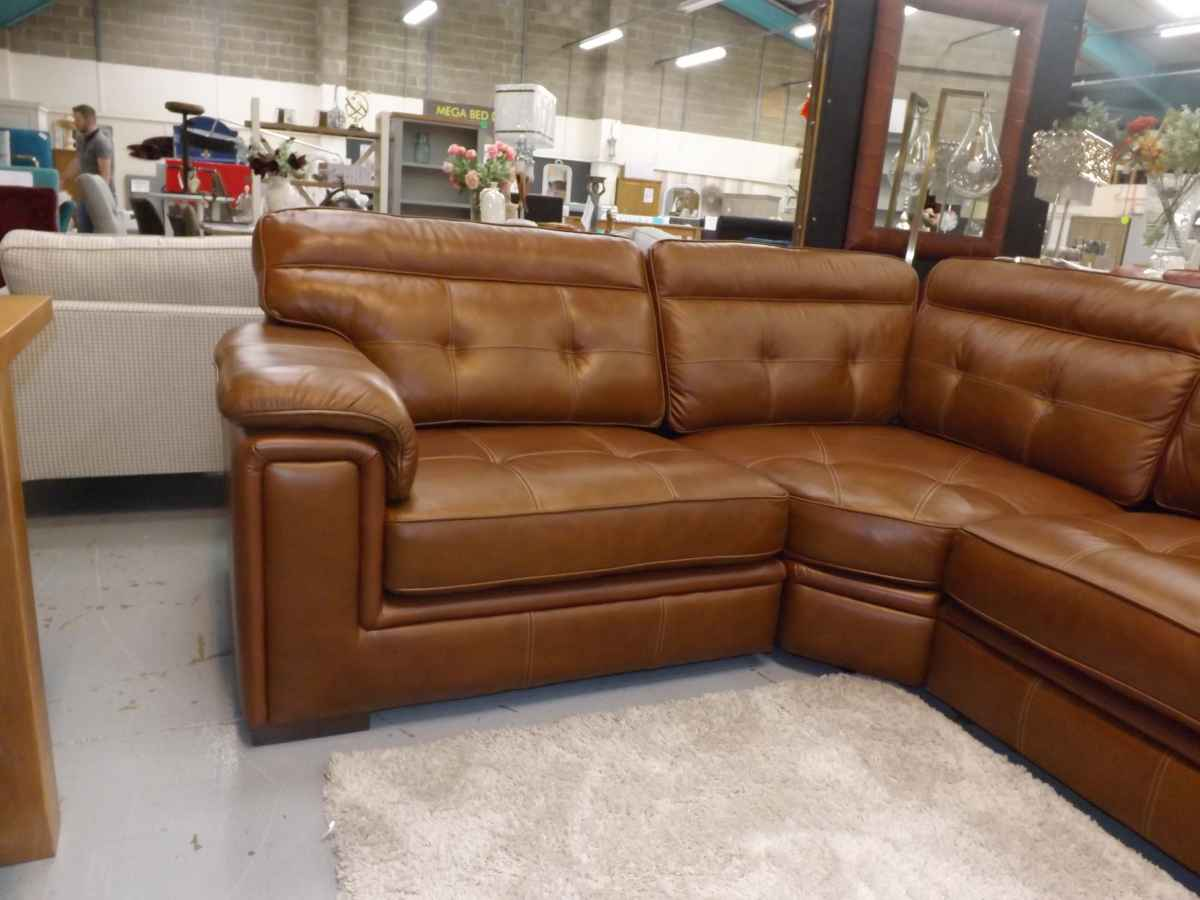 Fergie tan brown leather corner sofa rrp £2375 on sale